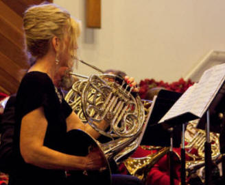 LynnJFrenchHornsection2009